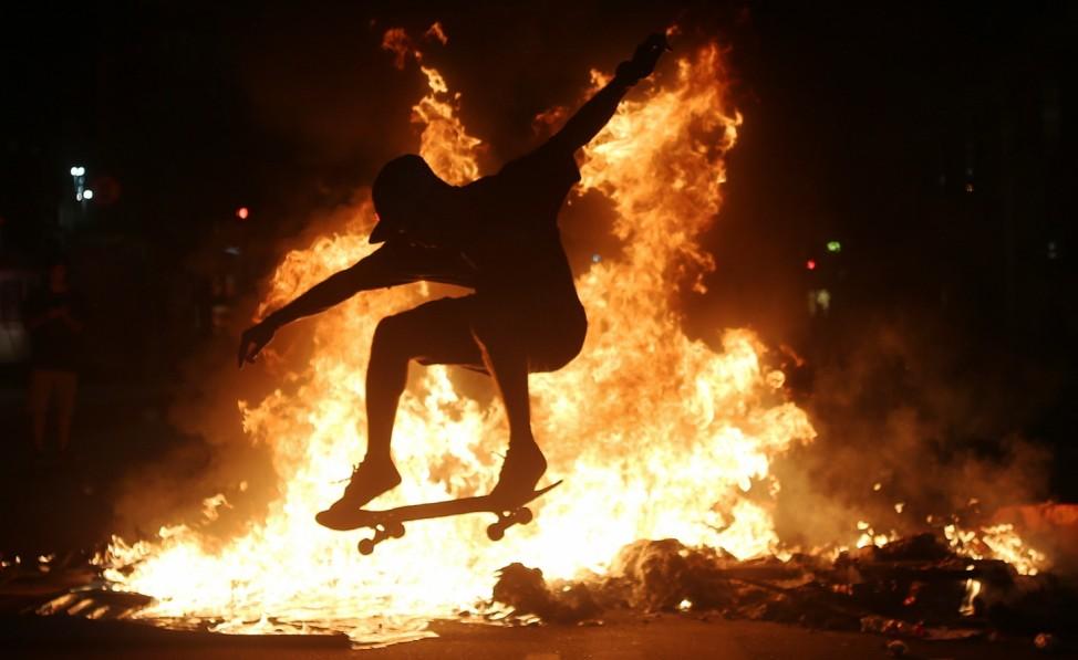 *** BESTPIX *** National Strike Held In Brazil Protesting Corruption
