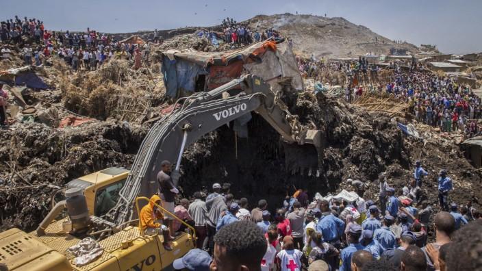 Erdrutsch auf Müllhalde in Äthiopien