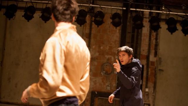 Theaterprobe des Stücks mit dem Regisseur Swen Lasse in den Kammerspielen
