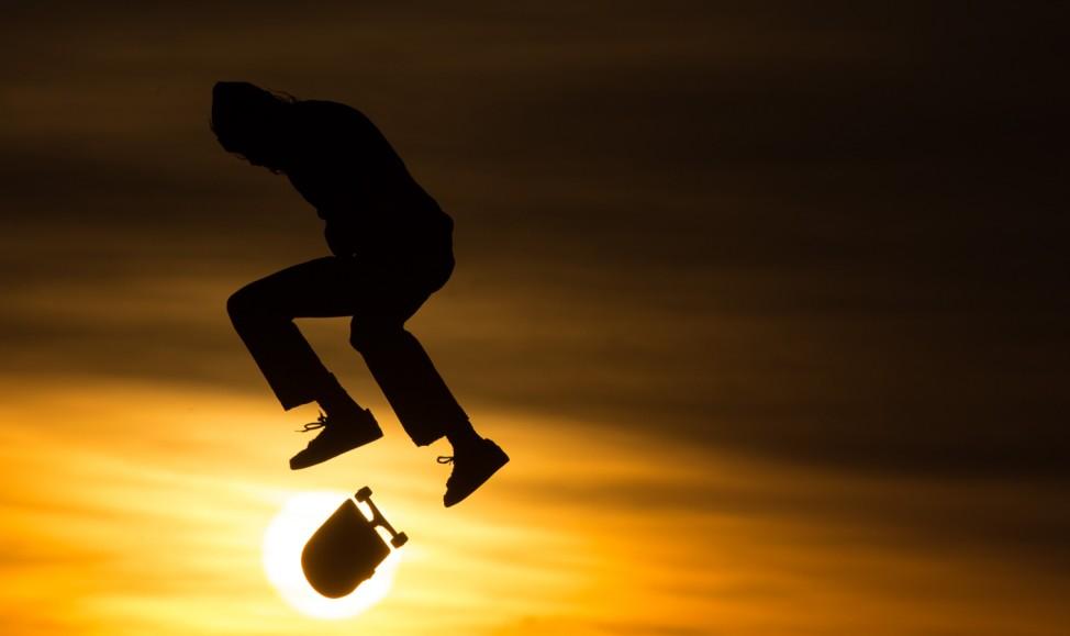 Skater im Sonnenuntergang