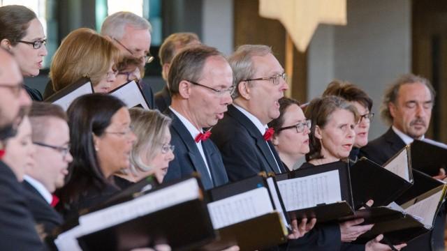 Konzert in Geretsried: Der Isura-Madrigal-Chor tritt in Schäftlarn und in Bad Heilbrunn auf.