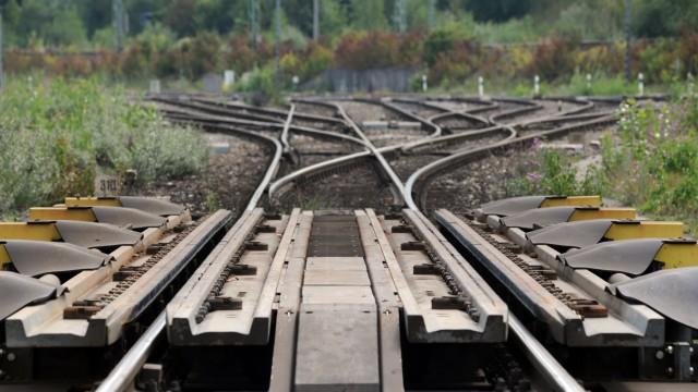Gleise am Rangierbahnhof in München Allach, 2010