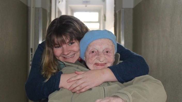 Franziska Tröger hat in einem Hospiz in Israel ein Praktikum gemacht