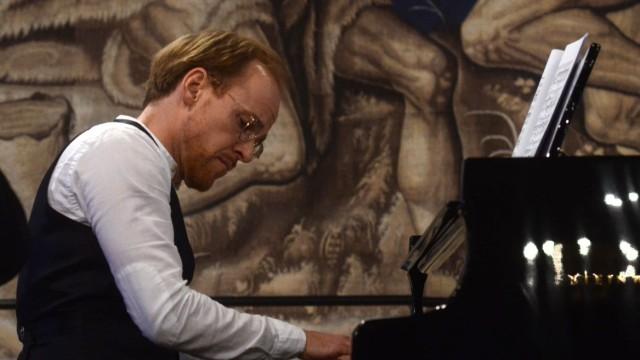 Hochkarätiges Konzert: Meister ihres Fachs: Markus Kreul am Klavier...