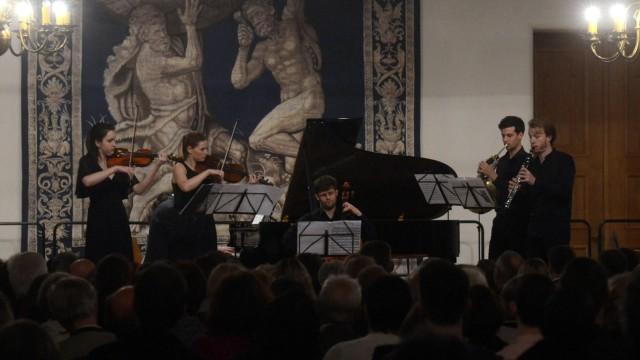 Hochkarätiges Konzert: Ensemble mit Ralitsa Bogdanova an der Violine und Sandra Rieger an der Viola.