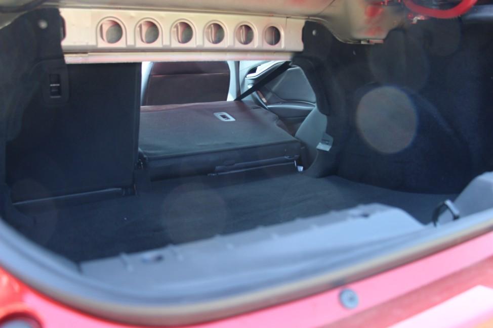 Der Kofferraum des Lada Vesta.