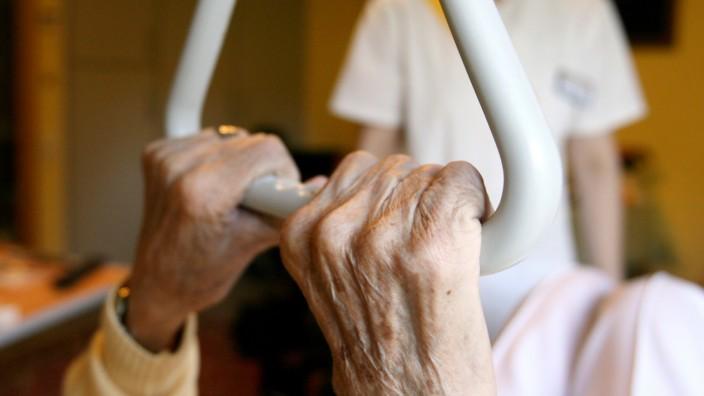 Pflegebedürftige Menschen Entscheidungsfreiheit