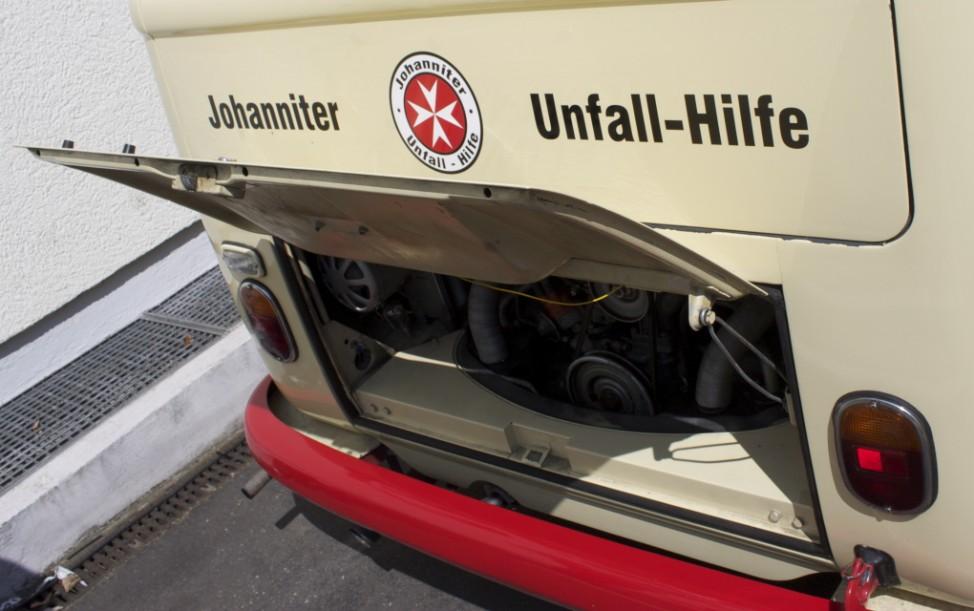 Der Motor des VW-T1-Rettungswagens von 1965