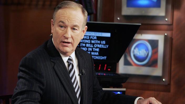 US-Medien: Bei Fox News darf Bill O'Reilly nicht mehr arbeiten. Wird er bald trotzdem wieder auf den Fernsehbildschirmen auftauchen?