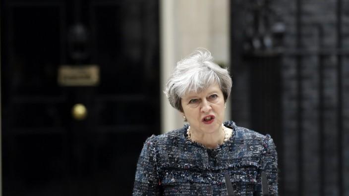 """Premierministerin Theresa May: Eine """"starke und stabile Führung"""": Das sind die Schlagwörter, die Theresa May im Wahlkampf unerbittlich wiederholt."""