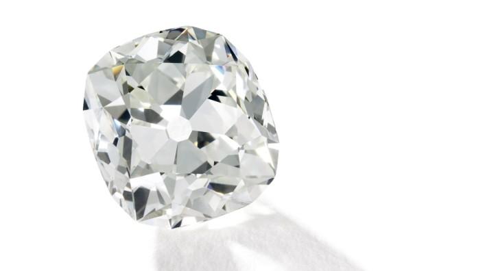 Frau Kauft 26 Karat Diamant Auf Dem Flohmarkt Panorama Sz De