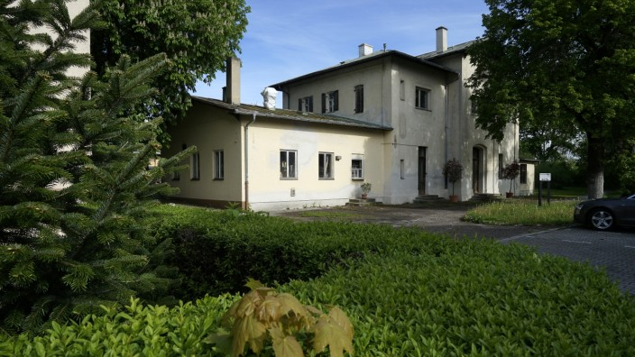 Kehrtwende in Oberschleißheim: In Oberschleißheim würde man das alte Bahnhofsgebäude gerne kulturell nutzen.