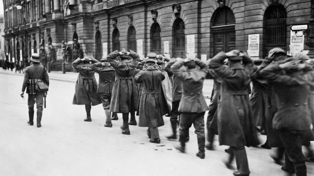 Gefangene Spartakisten in Berlin, 1919