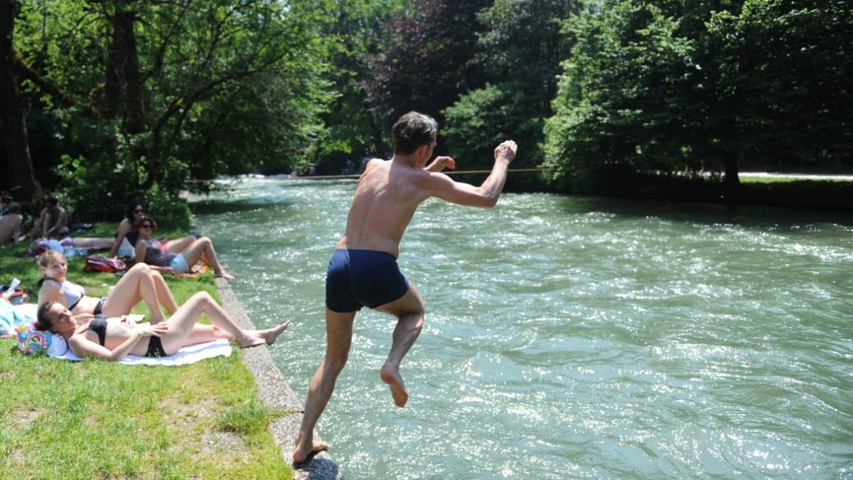 Der Mnchner Eisbach: Alles ber das Wellenwunder in
