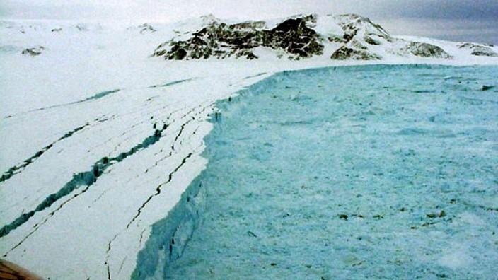 Jahresrückblick 2010 - Eisschollen-Abbruch in der Antarktis