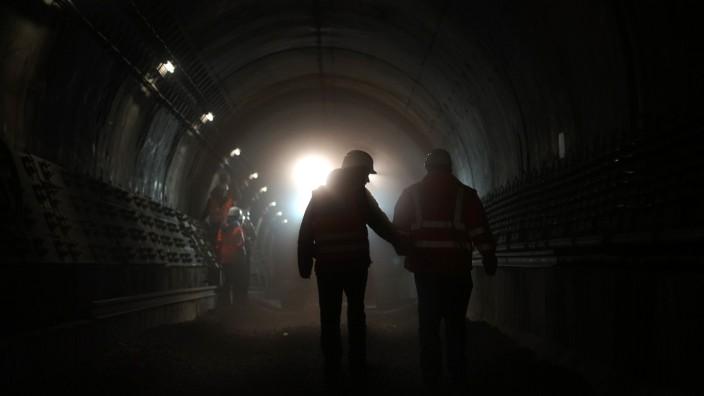 Gleisbauarbeiten bei der Münchner U-Bahn, 2016
