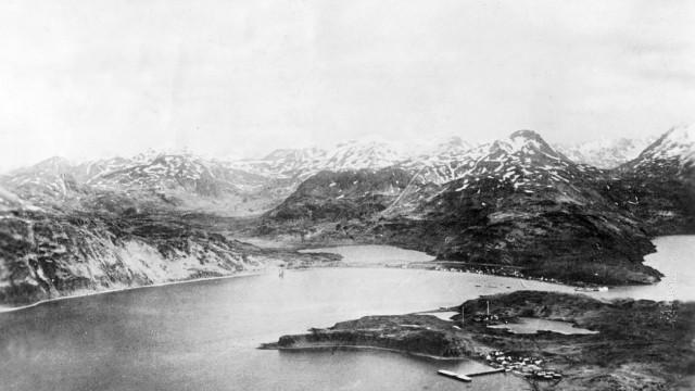 Zweiter Weltkrieg: Japanischer Bombenangriff auf Dutch Harbour