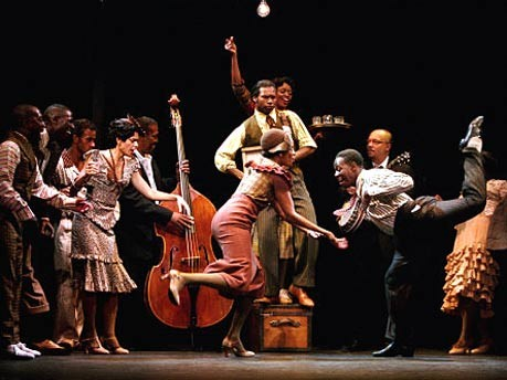 "George C. Wolfes ""Harlem Song"" in Harlems historischem Apollo Theater in New York 2002"