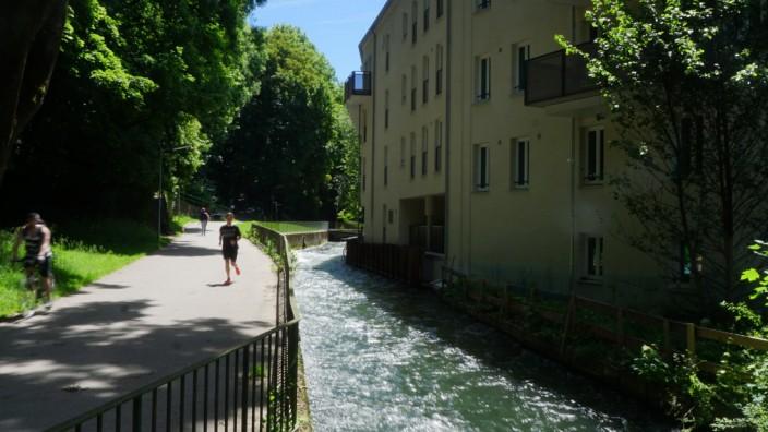 Münchner Bäche: Idyllische Lage am rauschenden Wasser, das hat das Gelände zwischen Kegelhofbach und Auer Mühlbach zu bieten. Dort entstanden durch Modernisierung und Neubau Wohnungen und Büros für die GWG.