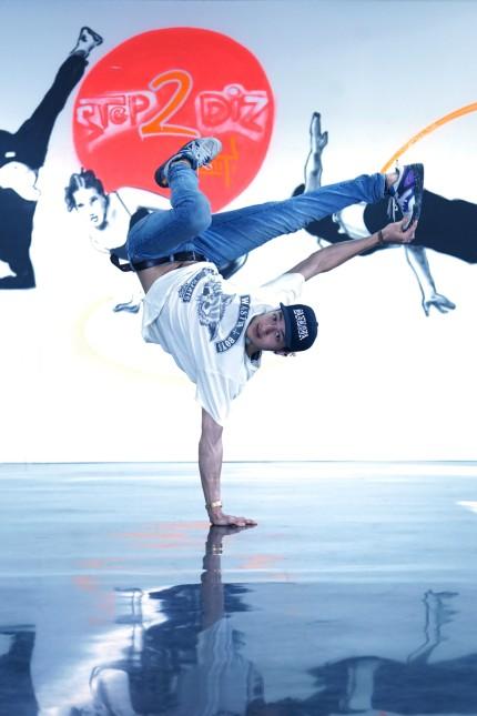 Karrierestart im Jugendtreff am Biederstein: Ein Energiebündel: der 21-jährige Jawad Rajpoot, der sich neben seiner Karriere als Breakdancer und Schauspieler für benachteiligte Jugendliche einsetzt.