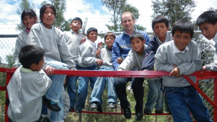 Hilfsprojekt: Kinder zum Lachen bringen und ihnen eine Perspektive geben: Gerne denkt Christoph Freundl an seine Zeit in Ecuador und seine vielen Schützlinge zurück - auch wenn es nicht nur Erfolge gab.