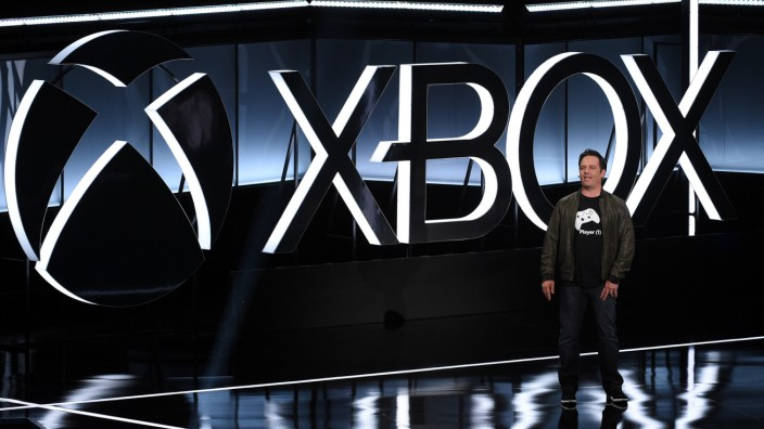 Head of Microsoft Xbox Phil Spencer speaks during the Xbox E3 2017 media briefing in Los Angeles