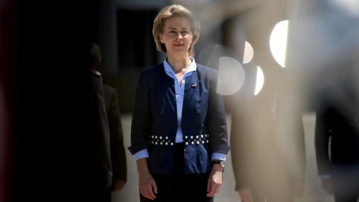 Ursula von der Leyen empfängt Sylvie Goulard