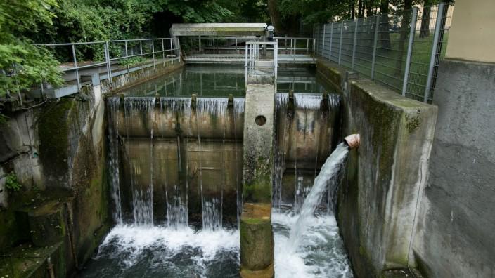 Wasserkraftwerke für Bachserie