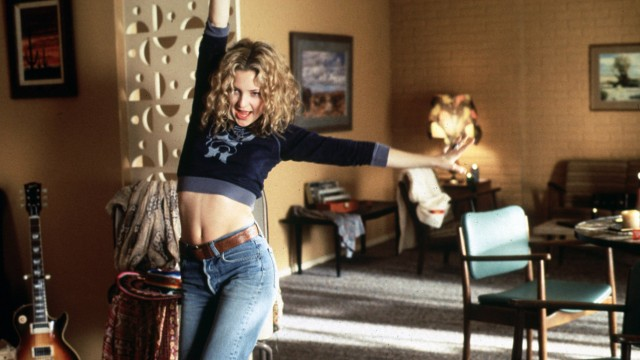 Film Stills from Almost Famous Kate Hudson © 2000 DreamWorks Photo Credit Neal Preston PUBLICATIONx