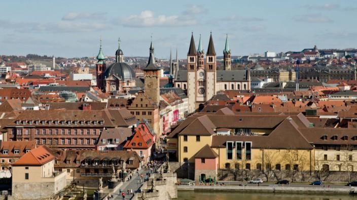 Erinnerung an Bombardierung von Würzburg