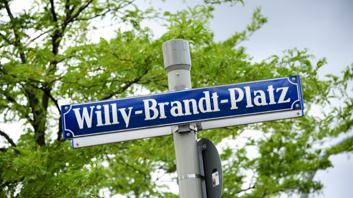 Willy-Brandt-Platz in München, 2015
