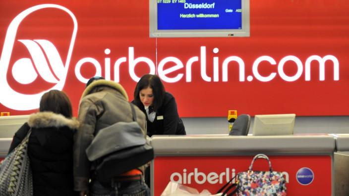 Air Berlin - Schalter am Flughafen Tegel
