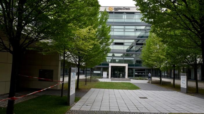 Berg am Laim/Schwabing: Im dritten Stock des Bürohauses an der Neumarkter Straße hat der Verlag 1400 Quadratmeter Fläche für 55 Arbeitsplätze angemietet.