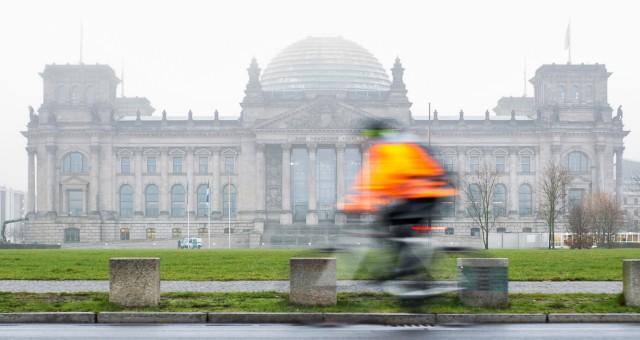 Nebeliger Morgen in Berlin