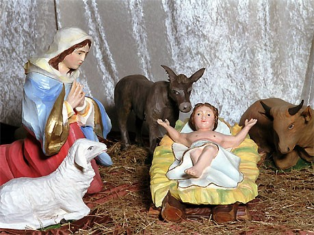 Jesuskind in der Krippe, dpa
