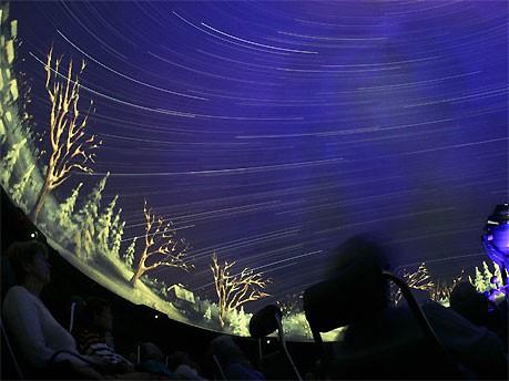 Planetarium in Wolfsburg; dpa
