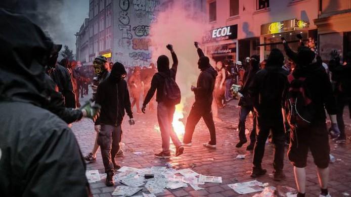 G20 Gipfel -Gewalt im Schanzenviertel