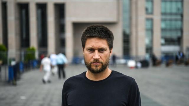 Amnesty in der Türkei: Andrew Gardner lebt seit vielen Jahren in der Türkei und verfolgt Menschenrechtsverletzungen für Amnesty International.