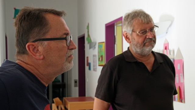 Der Hunger nach Gerechtigkeit: Peter Steidl und Oswald Haun (von links) haben als Kinder im Gehörlosen-Internat viel Leid erlebt. Heute ist alles besser, sind sie sicher.