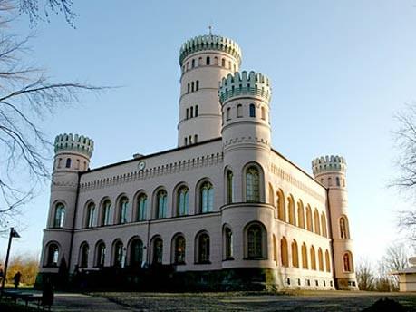Architekturüberraschungen auf Rügen, InRügen
