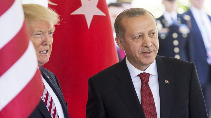 US President Donald Trump meets with President Recep Tayyip Erdogan of Turkey