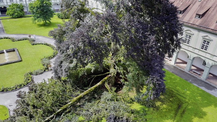 Sturmschäden Kloster Benediktbeuern