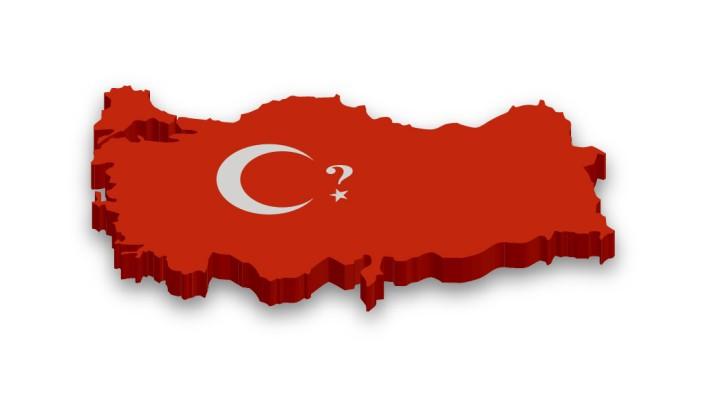 """Türkei: """"Ist das noch dein Land?"""" Diese Frage stellt sich SZ-Redakteur Gökalp Babayiğit. Mit jeder Provokation, mit jeder neu erreichten Eskalationsstufe in der Türkei werde sie unangenehmer. (Grafik: SZ)"""