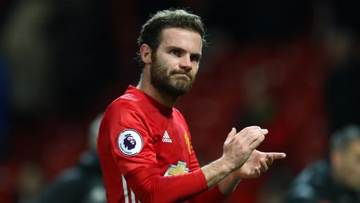 Manchester United v Hull City - Premier League; Mata