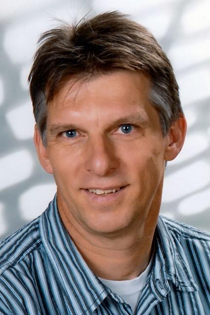 Digitalisierung: Günter Steppich, 58, lehrt Englisch und Sport an der Gutenbergschule Wiesbaden. Zudem ist er als Experte für Medienerziehung und Jugendmedienschutz am Schulamt für Wiesbaden und für das Hessische Kultusministerium tätig.