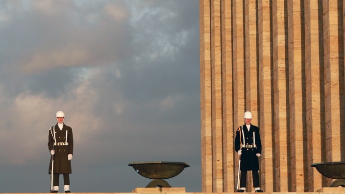 Turkish soldiers stand at attention during a ceremony at the mausoleum of Mustafa Kemal Ataturk in Ankara