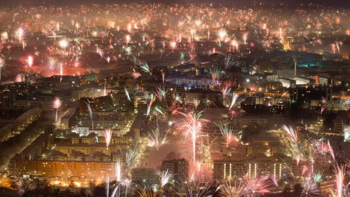 Sylvester-Feuerwerk über München