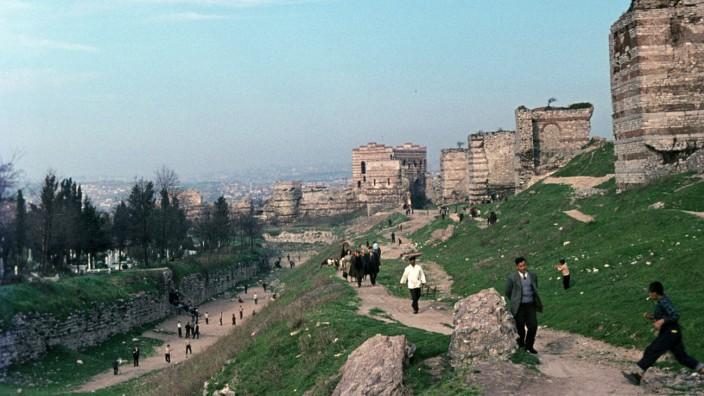 Türkei - Theodosianische Mauer