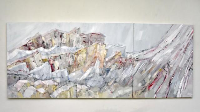 Fürstenfeldbruck: Auf dem Bild von Monique Marxreiter flieht die rechte Flanke des Berges aus dem Raum.