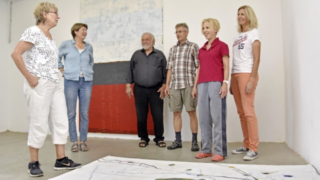 Fürstenfeldbruck: Die Künstler (von links): Flickinger, Charlotte Panowsky, Hansjürgen Vogel, Friedrich Pröls, Ingrid Redlich-Pfund und Claudia Hasse.